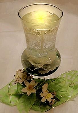 silkflowerinvase.jpg